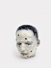 Perforated head I, 2020 h.52 cm, Keramiek