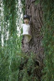 On the Wall / In the Tree 2018, expo: Een boom is meer dan er staat, de Egelantier Otegem 2021